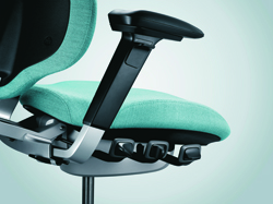 Mereo Armrests height and width adjustable