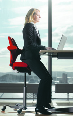 Sit Stand Office Chair HAG Capisco 8106 Sitting at high desk
